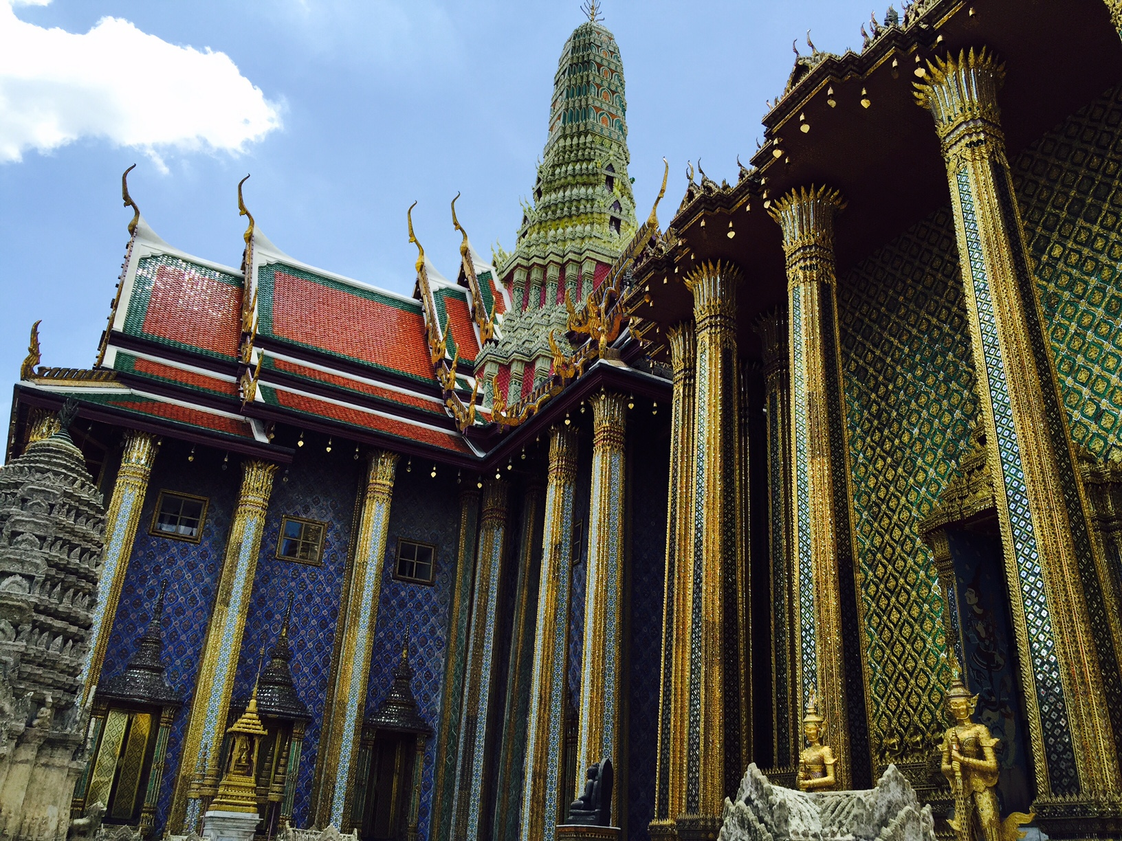 grand palace bangkok how to get there